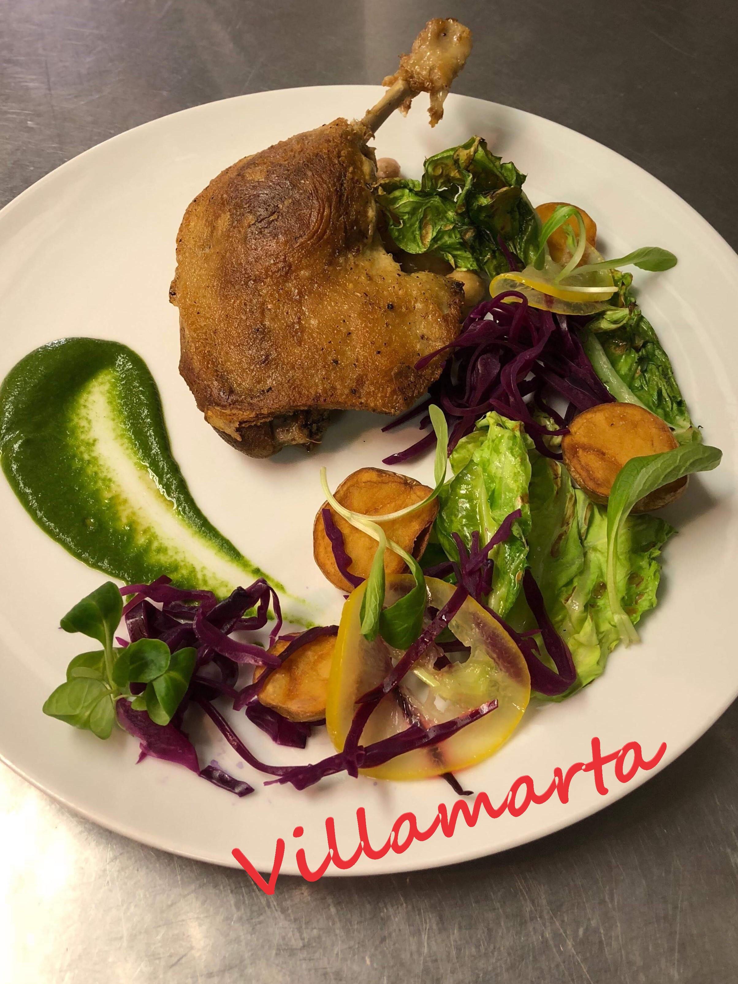 先着9名様!本日よりビジャマルタのメインが鴨もも肉のコンフィ、春野菜と自家製レモン塩に!